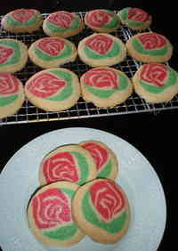 A Bouquet of Rose Flower Cookies for Mother's Day