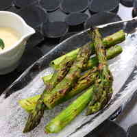 Grilled Asparagus in Garlic, Oyster Sauce, and Mayonnaise