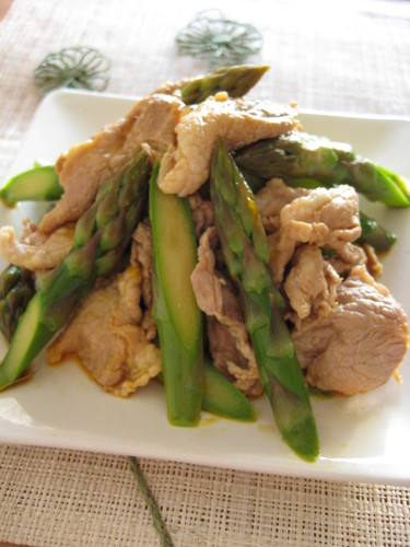 Pork and Asparagus Tossed in Egg Yolk and Soy Sauce