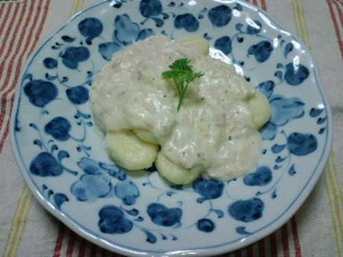 Potato Gnocchi with Cream Sauce