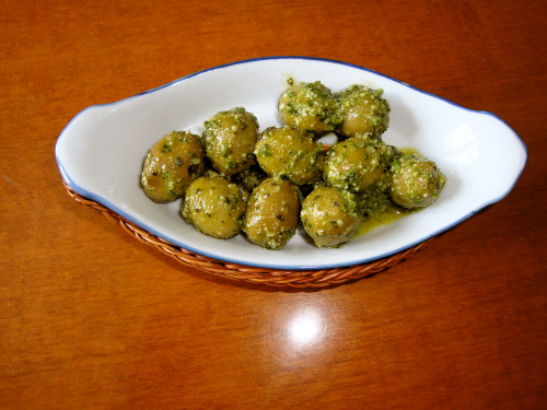 Olives with Pesto Genovese