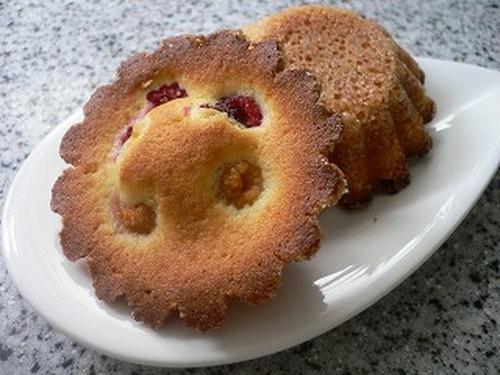 Moist Crispy Sour-cream Cake