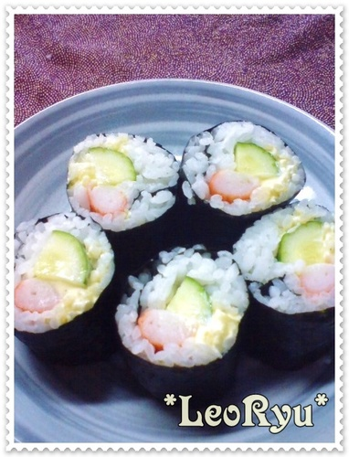 "Lazy ""Sushi"" Rolls for Lunchboxes"