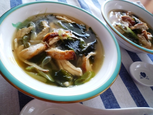 Simple & Tasty Green Onion & Chicken Soup