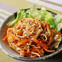 Chinese-style Salad with Carrot and Enoki Mushrooms
