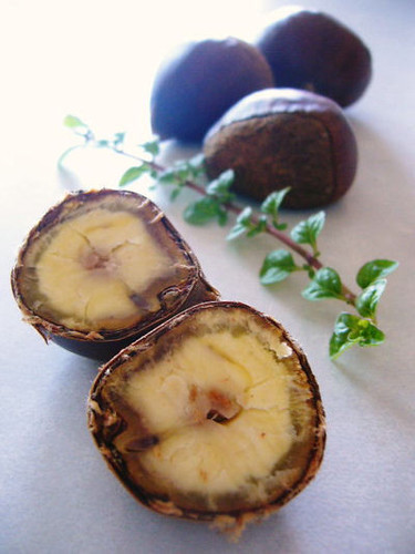 Enjoy Them Without Any Frills! Boiled Chestnuts