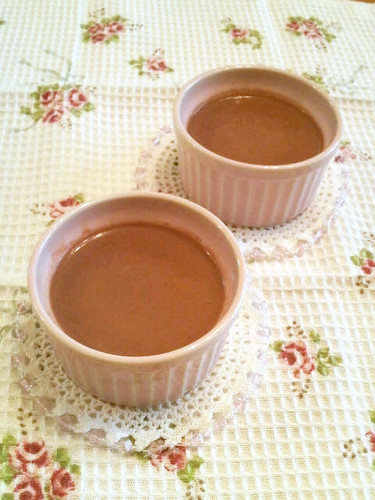 Simple & Smooth Chocolate Custard Pudding in the Microwave