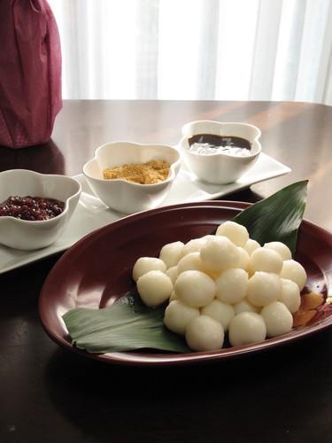 Easy with Dangoko Tsukimi (Moon Viewing) Dumplings