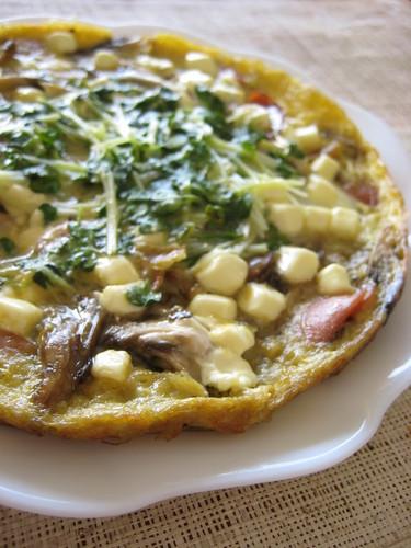 Maitake Mushroom and Sausage Cheese Omelette