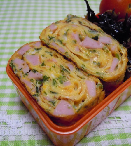 For Bentos: Fish Sausage and Ao-Nori Seaweed Tamagoyaki
