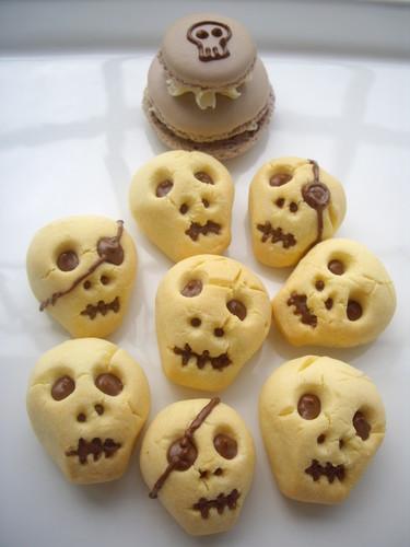 3D Skull Cookies for Halloween