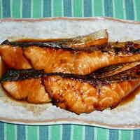 Easy Grilled Salmon with Mirin and Soy Sauce