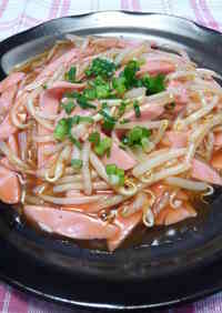 Simple Bean Sprouts and Fish Sausage in Sweet and Sour Sauce