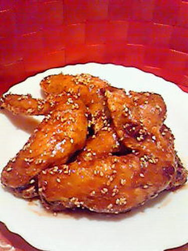 Spicy Fried Chicken Wings in an Excellent, Addictive, and Yummy Sauce