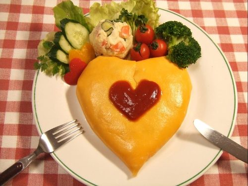 Easy Heart-Shaped Rice Omelette Made In A Rice Cooker