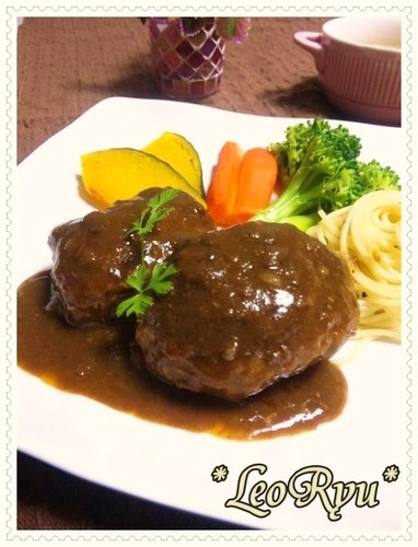 Easy Simmered Hamburger Steak with Sauce