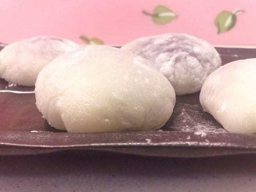 Daifuku (Mochi Dumplings) with Tsubu-an-Like Canned Kidney Beans