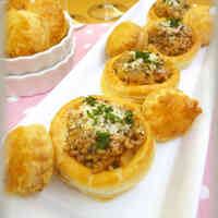 Creamy Mashed Potato & Meat Pies