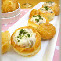 Baby Shrimp and Mushroom Cream Pies