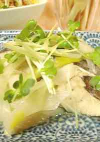 Wine Steamed Green Onion and Mackerel
